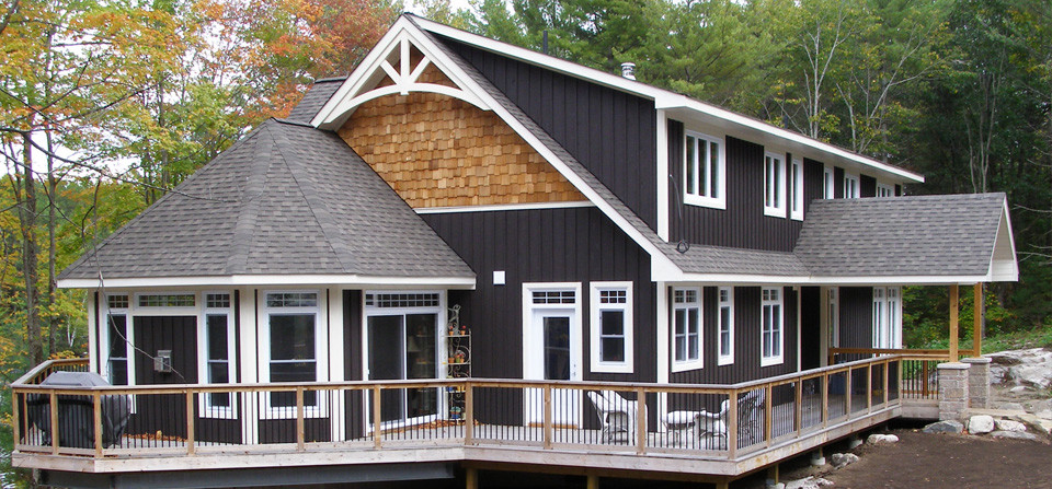 Muldrew lake custom muskoka cottage french 39 s fine for Custom cottages for sale